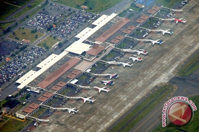 Bandara Juanda Surabaya sudah beroperasi normal