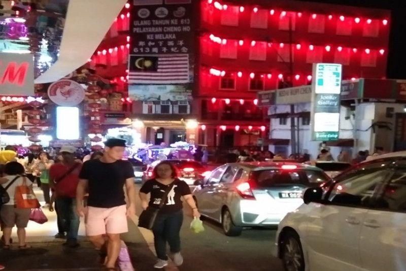Sambut Imlek, Mahatir minta rakyat Malaysia jaga keharmonisan