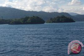 Teluk Wondama dorong pembangunan jalan lingkar Pulau Rumberpon ke pusat