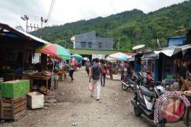 Pedagang Diminta Segera Pindah ke Pasar Sentral Wondama