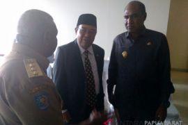 Dominggus Ingin ASN Papua Barat Contoh Dispilin TNI-Polri