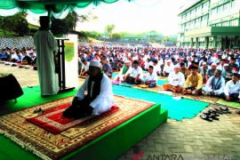 Khotib:Lebaran Indonesia contoh indah perdamaian dunia