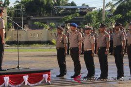 Ratusan personil Polda Papua Barat naik pangkat