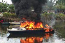 Speedboat milik Pemkab Raja Ampat terbakar
