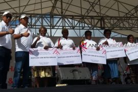 Bank Mandiri Bantu Mama-Mama Papua Modal Usaha