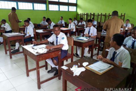 UNBK SMP Teluk Wondama Terkendala Internet