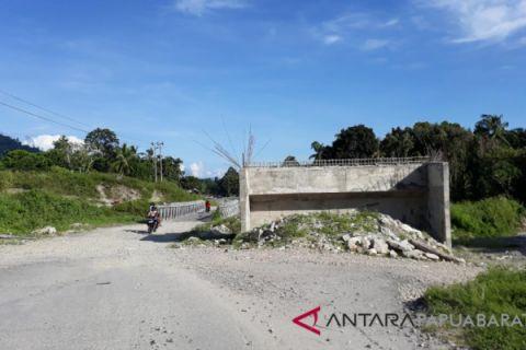 DPR Persoalkan Pembangunan Jembatan Kali Kabouw Wondama