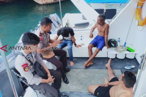 Perahu pengangkut petugas Telkomsel tenggelam di Raja Ampat