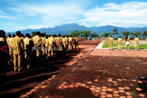 Gubernur audit perjalanan dinas ASN Papua Barat