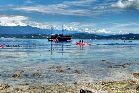 12 penyelam dikerahkan cari wisatawan Batam di Manokwari