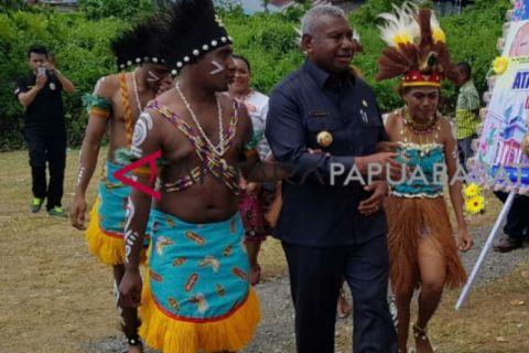 Gubernur : pariwisata Papua Barat perlu perhatian serius