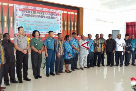 Majelis Rakyat Papua Barat Sempurnakan Tujuh Raperdasus