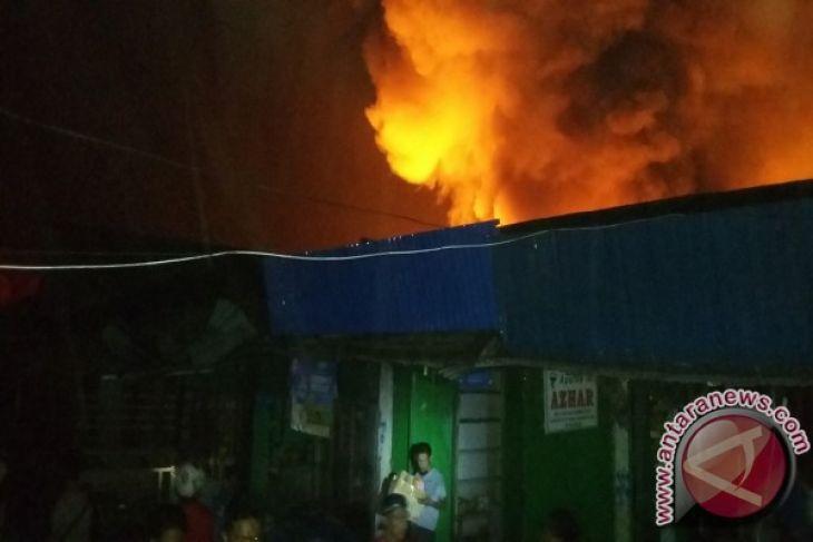 Pasar Remu Kota Sorong Terbakar