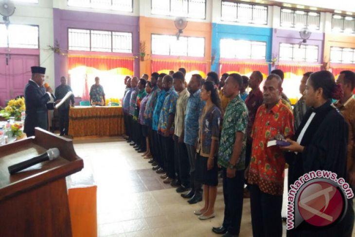Panwaslu tingkat distrik Teluk Wondama dilantik