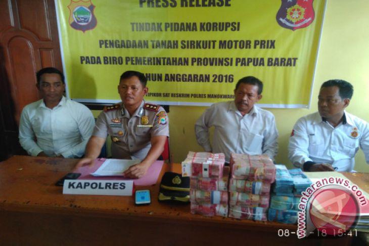 Karo Pemerintahan Setda Papua Barat Ditahan