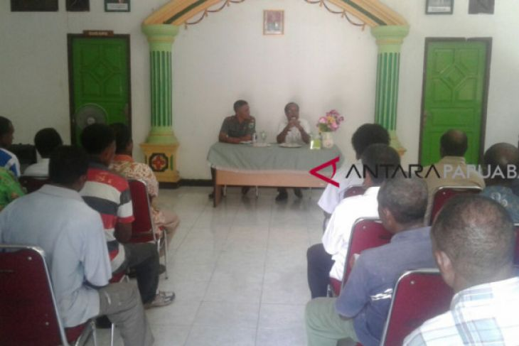 Wondama berangkatkan puluhan putra daerah seleksi Bintara-TNI