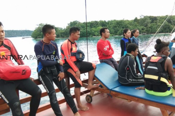 Tim SAR Manokwari lanjutkan pencarian penyelam hilang
