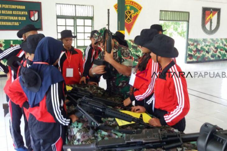 TNI Perkenalkan Peralatan Tempur Bagi SMN Sumut