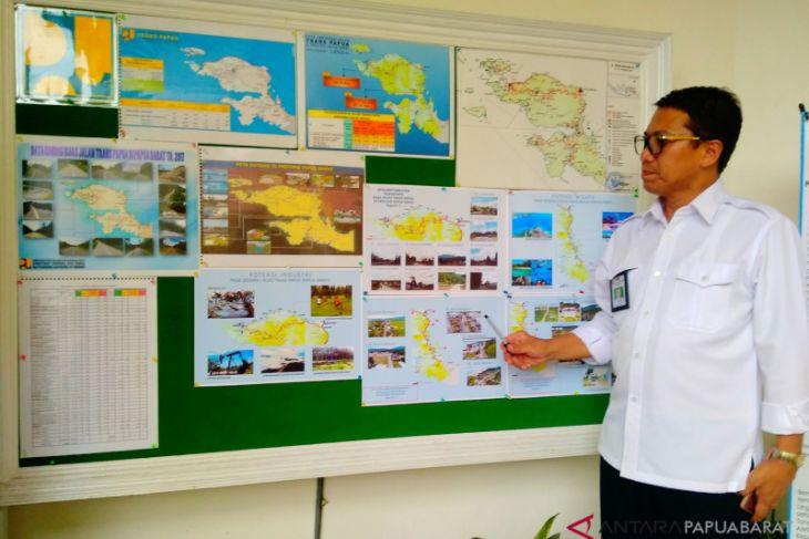64 persen jalan trans Papua Barat teraspal 2018