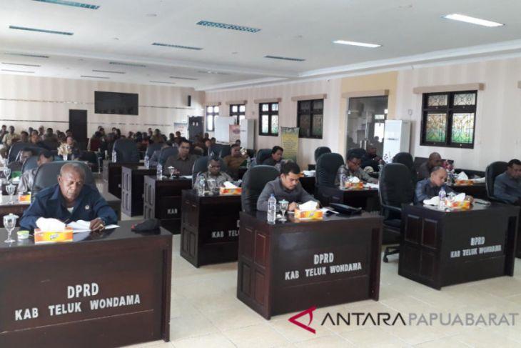 DPRD Wondama rancang Perda perlindungan usaha