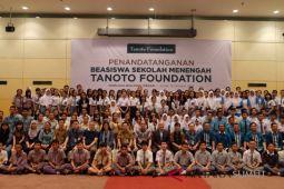 Tanoto Foundatio beri beasiswa 160 siswa