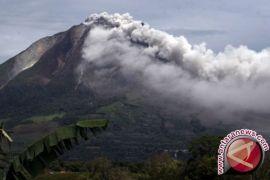 Gunung Sinabung Kembali Luncurkan Awan panas
