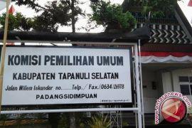 KPUD Tapsel Lantik Ketua KPPS