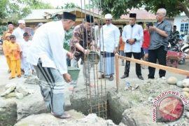 Peletakan Batu Pertama Pembangunan Masjid AR Rahmad