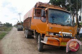 Polres Labuhanbatu Amankan 27 Ton Pupuk Tanaman Kelapa Sawit