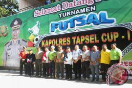 41 Team Futsal Berlaga Memperebutkan Kapolres CUP