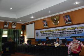 Plh.Walikota Tolak Baca Nota Pengantar  LPP APBD 2015
