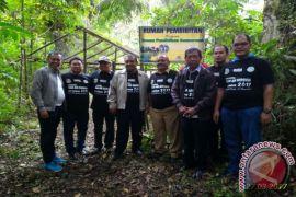 AQUA dan Mitra Gelar Penanaman Pohon dan Aksi Bersih di Tahura.