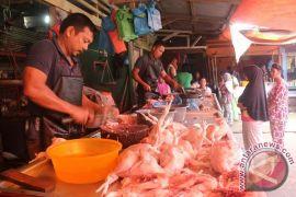 Harga Daging Kerbau Mahal Beralih Kedaging Ayam