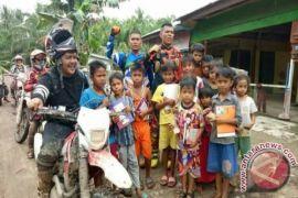 Bupati Labuhanbatu Kunjungi Tiga Desa