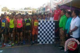 Bupati Samosir Lepas Lomba Lari Piala Gubsu