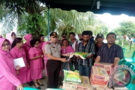 Polres Tanjungbalai Salurkan Bantuan Kebakaran