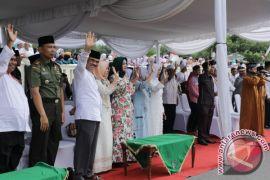Bupati Lepas 310 Jemaah Haji  Asahan