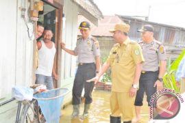 Serdang Bedagai Bantu Warga Korban Banjir