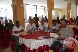 Kementerian PUPR Sosialisasikan UU Jasa Konstruksi di Samosir