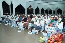 Bupati Asahan Sambut Kepulangan Jemaah Haji