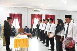 Anggota PPK Pemilihan Gubernur Dilantik