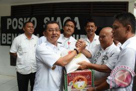 Letjen TNI .Edy Rahmayadi Serahkan Bantuan ke Tebing Tinggi