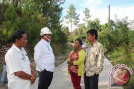 Bupati Samosir Tinjau Pelaksanaan Pembangunan Infrastruktur Palipi