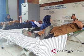 Tiga Instansi donor darah