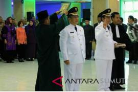 Gubsu lantik Pj Walikota Padangsidimpuan