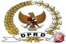 DPRD desak pembatalan pengangkatan kepala lingkungan