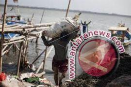 Nelayan Batubara mulai melaut