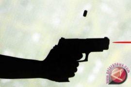 Polisi tembak perampok sepeda motor