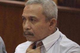 Bupati Batubara nonaktif diancam empat tahun penjara