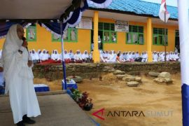Syaufia : beribadah harus cerdas